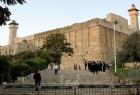 محكمة الاحتلال تصادق على تنفيذ بناء مصعد للمستوطنين في الحرم الإبراهيمي