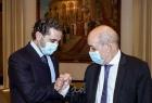 """كسر البروتوكول مع الحريري..لودريان يحذر ساسة لبنان من """"الانتحار الجماعي"""""""