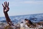 غزة: وفاة صياد غرقاً بعد انقلاب مركبه في البحر بدير البلح- فيديو