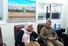 """وأخيراً.. الأسيرة المحررة """"نسرين أبو كميل"""" تدخل غزة بعد 3 أيام من الإفراج عنها"""