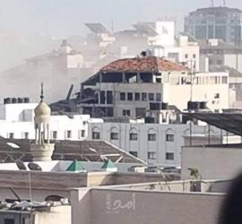 شهيدان و10 إصابات في القصف الأخير في منطقة عيادة الرمال بغزة - صور