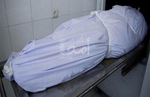 العثور على جثة شاب بمنزله في طولكرم والشرطة تحقق