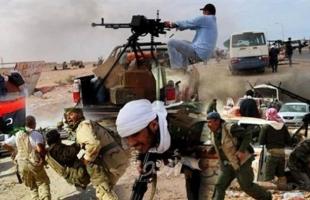 بعد انتهاء المهلة.. الجيش الليبي يقصف مواقع حكومة السراج بمصراتة