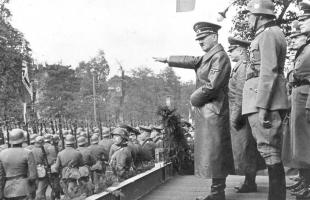 العثور على وثائق سرية مروعة لآخر أيام هتلر.. تفاصيل