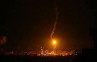 زوارق الاحتلال تطلق النيران في عرض بحر دير البلح وإطلاق قذائف إنارة شرق غزة