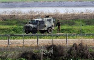 قوات الاحتلال تطلق النار تجاه شبان اقتربوا من السياج الفاصل شرق خانيونس