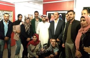 بالصور -  التيار الإصلاحي لفتح يشارك الفنان الدلو بمعرض الشمري الدولي في القاهرة