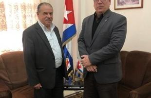 الهرش يسلم رسالة تهنئة للقيادة الكوبية