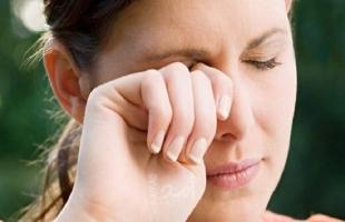 مجموعة علامات على الوجه تنذر بأمراض خطيرة