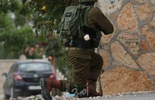 """محدث.. إصابتان برصاص جيش الاحتلال """"المطاطي"""" شرق قلقيلية واندلاع مواجهات في الخليل"""