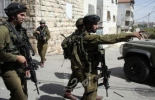 الخليل: جيش الاحتلال يخطر بإزالة مسجد ومدرسة شرق يطا