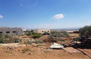 سلطات الاحتلال تخطر بتجريف أرض مزروعة بأشجار عنب غرب بيت لحم