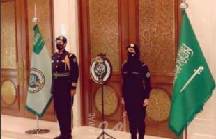 صورة امرأة في صفوف الحرس الملكي السعودي تثير تفاعلا على مواقع التواصل