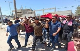 """تشييع جثمان والدة مراسلة أمد """"صافيناز اللوح"""" وسط قطاع غزة- صور"""