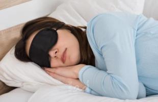 """""""خمول النوم""""..اليك فائدة قيلولة منتصف النهار ومدتها"""