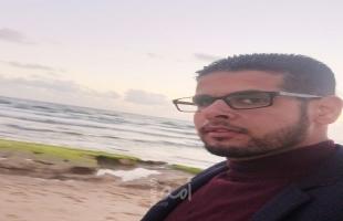 الصحفي حمزة المصري يبحث الخروج من غزة نتاج حملة حماس الأمنية ضده