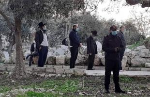 """مستوطنون يقتحمون """"الأقصى"""" ومخابرات الاحتلال تلاحق شبان في القدس"""