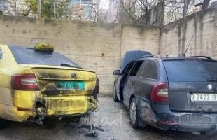مجهولون يحرقون مركبتين في الخليل- صورة