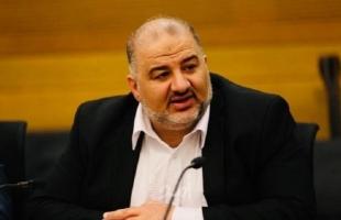 الإسلاموي عباس يدين عملية حوارة ويهاجم منفذيها