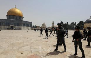 """مجموعة من المستوطنين يقتحمون المسجد """"الأقصى"""" بحماية شرطة الاحتلال"""