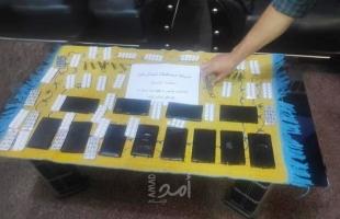 مكافحة حماس تضبط (18) فرش حشيش في رفح