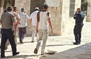 القدس: (48) مستوطنًا اقتحموا ساحات المسجد الأقصى