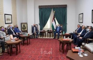 """الرئيس عباس يستقبل المبعوث الأميركي """"هادي عمرو"""""""