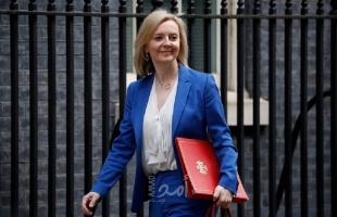 """وزيرة خارجية بريطانيا تزور السعودية وقطر لعقد صفقة """"رابح-رابح"""""""