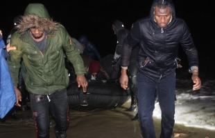 المفوضية الأوروبية تدعو تركيا إلى إبعاد المهاجرين عن حدود اليونان