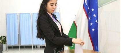 فوز رئيس أوزبكستان بولاية رئاسية ثانية