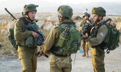 جيش الاحتلال يخطر مواطنًا بإزالة سياج من أرضه بالأغوار الشمالية