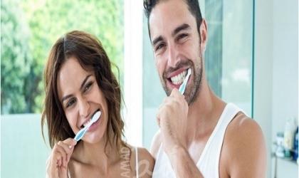 أخطاء نرتكبها عند تنظيف الاسنان..تعرف عليها