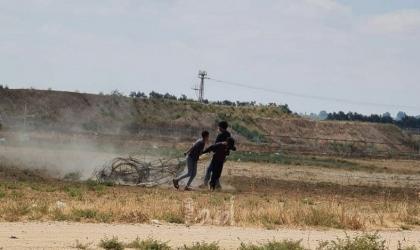 خانيونس: جيش الاحتلال يطلق النار وقنابل الغاز تجاه شبان اقتربوا من السياج الفاصل