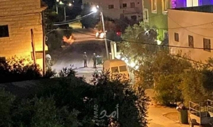 """قوات الاحتلال تشن حملة اعتقالات بالضفة ومستوطنون يقتحمون مقبرة """"جبل الزيتون"""" بالقدس"""