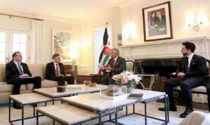 الملك عبد الله يؤكد على أهمية دور واشطن لعملية السلام